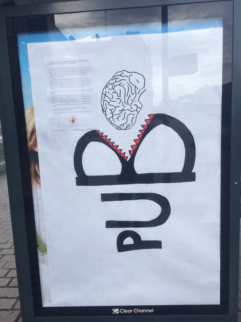 #Rennes le collectif anti pub.org a frappé ce matin à #Republique