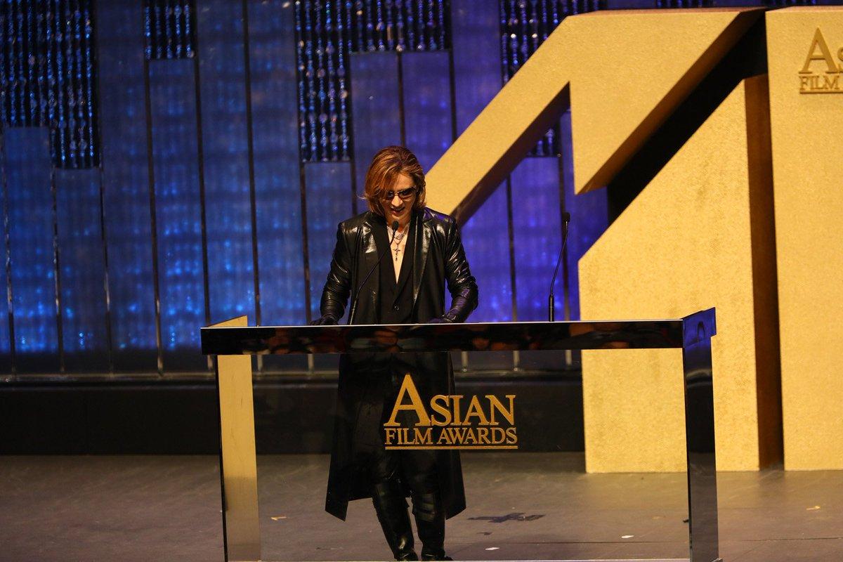 #Yoshiki performs #ArtOfLife at #HongKong's #AsianFilmAwards @AFAA  http:// jrock247.com/2017/03/yoshik i-performs-art-of-life-at-hong-kongs-asian-film-awards/ &nbsp; … <br>http://pic.twitter.com/5T7UR9osIK