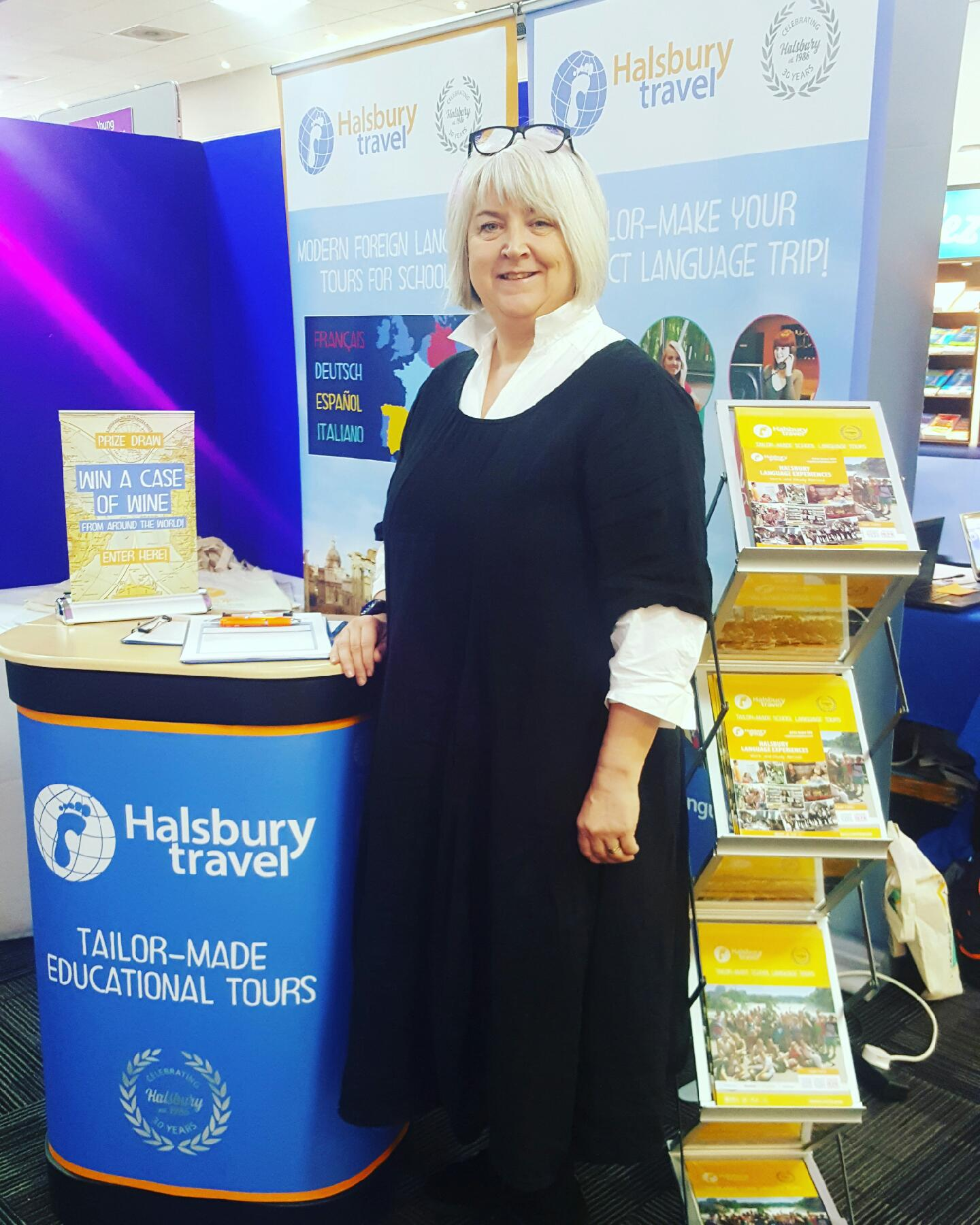 Going to @ALL4language #LW2017 today? Come and see us on stand 25 to talk about our language tours and enter our prize draw! https://t.co/ykG3jaQZaf