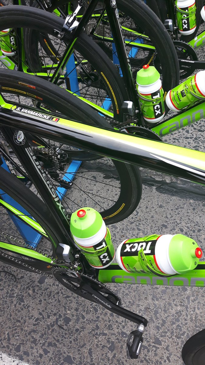 The bikes are prepped for the cobbles, the team car is ready. Forty-fi...