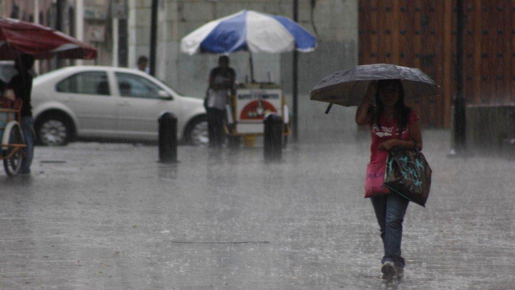 ¡No guarden los paraguas! Lluvias continuarán hoy #24Mar en mayor part...