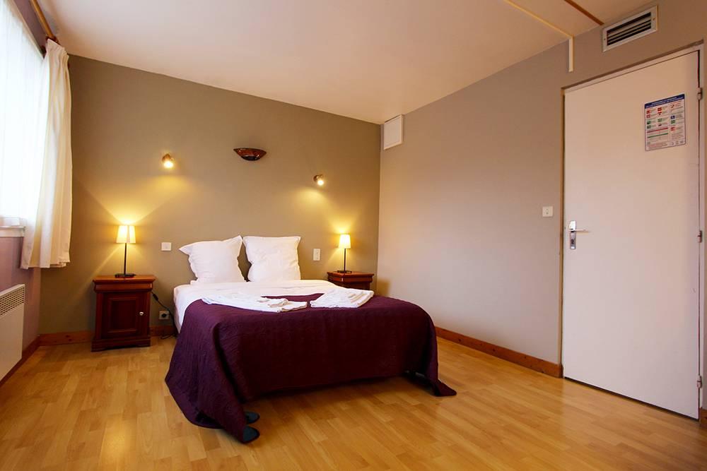 Face à la Meuse, l&#39;Hotel Francois 1er vous propose un #séjour au coeur de la vallée de la Meuse en #Ardenne :  http:// bit.ly/2myBZEm  &nbsp;  <br>http://pic.twitter.com/31N9QxCXzm