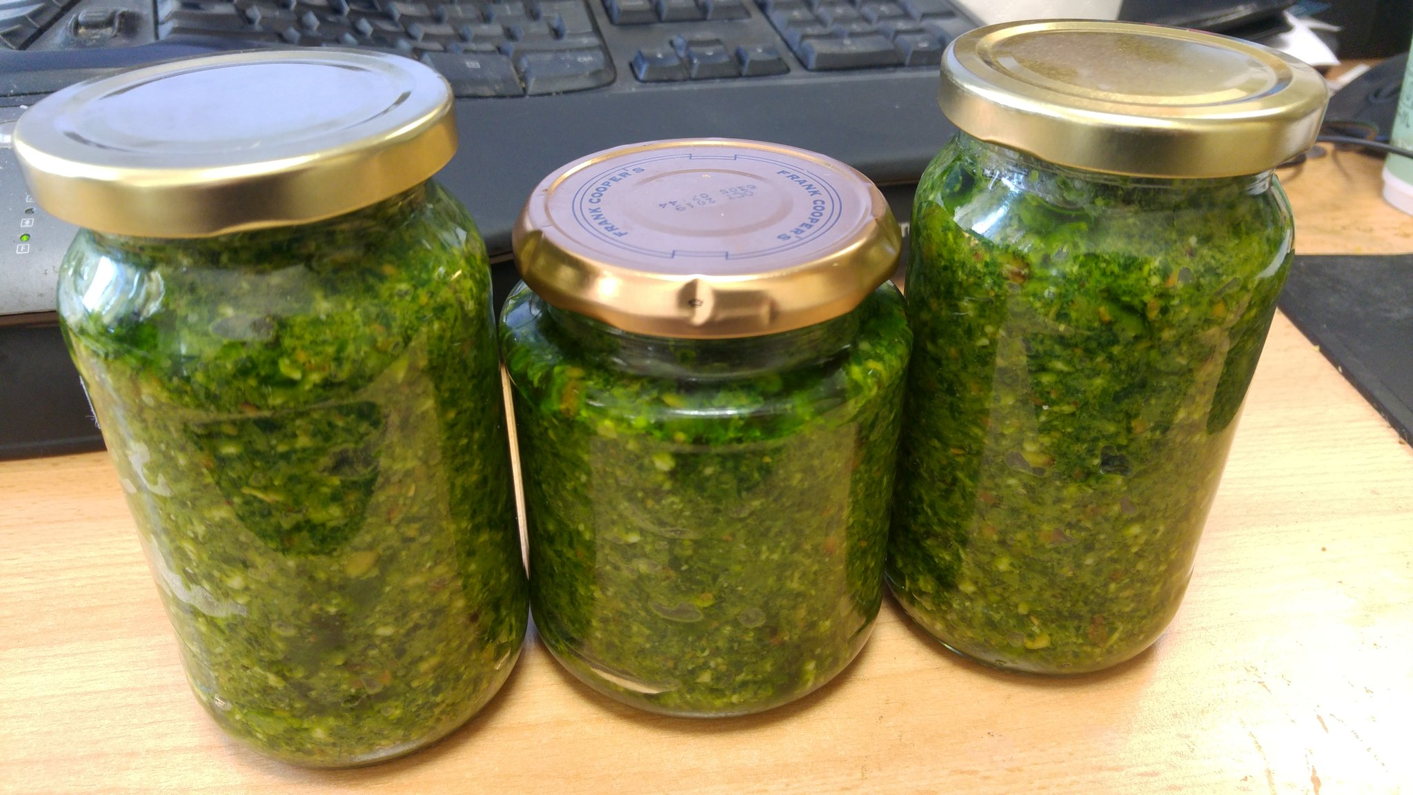 Wild garlic pesto sample ready for final #measurecamp final session https://t.co/QUlHGhov3U
