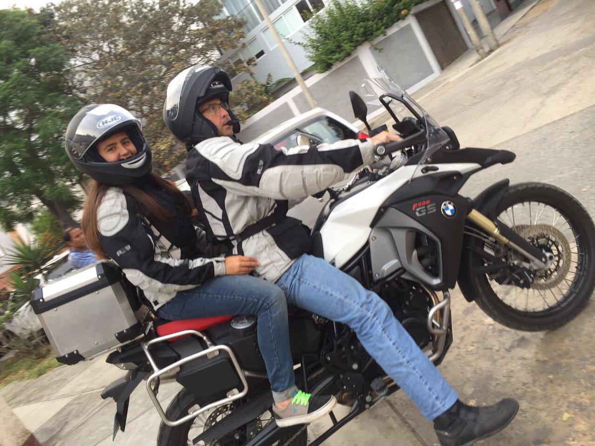 Riding with my daughters simply priceless !!!  @BMWMotorrad  @BMWPeru  #RODANDODURO #MakeLifeARide #F800GSadventure #Patagonicospic.twitter.com/GlwzmNf4nC