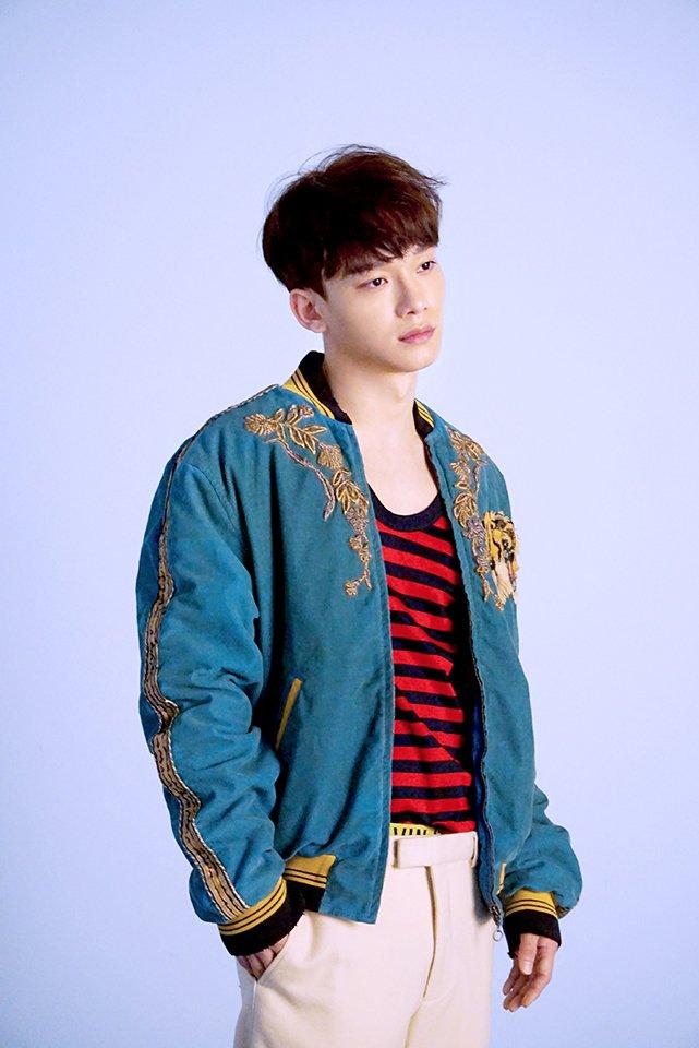 [PHOTOS] 170323 EXO Vyrl publie des photos de #CHEN et d&#39;#EXO pendant le photoshoot de Vogue Korea  Cr :  http:// share.vyrl.com/ko/p/58d35f784 6247398398b473b?pages=smtown &nbsp; … <br>http://pic.twitter.com/yK8uHlkwfN