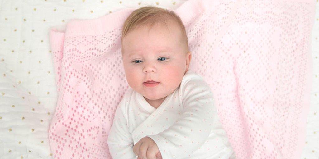 #Cododo, #cosleeping : ne prenez pas Bébé dans votre lit avant 1 an ! #safetyfirst  http:// dreamba.by/cododo-2403  &nbsp;  <br>http://pic.twitter.com/fHDfwWThWy