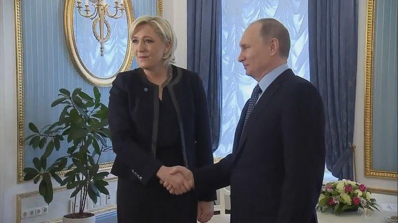 Merkel ? Cette démocrate ? Pffff… je préfère les régimes autoritaires ! #MLP2017 #Marine2017 #VladimirPutin #MarineLePen #Présidentielle2017<br>http://pic.twitter.com/2CxhSqKBIH