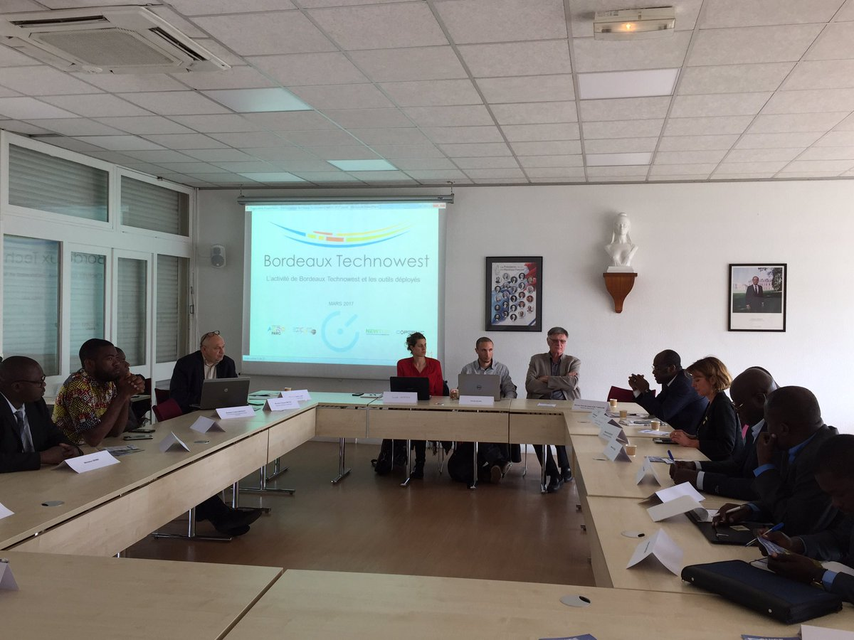 Résidence #Bordeaux - #Afrique : échanges à #Martignas avec de jeunes entrepreneurs africains et les responsables de @skeyetech et @MugenSAS