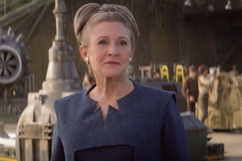 &quot;Star Wars 8&quot; n&#39;a pas été modifié après le décès de Carrie Fisher affirme le PDG de Disney &gt;  http:// bit.ly/2mYCOS9  &nbsp;   #StarWars #CarrieFisher <br>http://pic.twitter.com/vExKpYpcFL