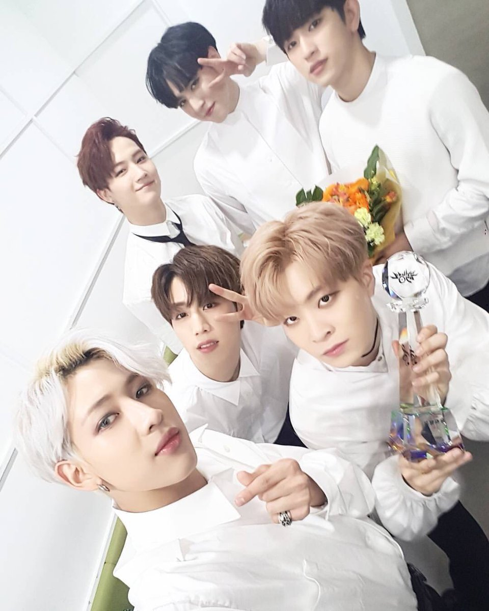 GOT7&#39;s 4th win in 4 days... I&#39;m not crying you are! Seriously so proud  #NeverEver4thWin #GOT7 #Ahgase #TeamGOT7 <br>http://pic.twitter.com/z3YOfLiqLB