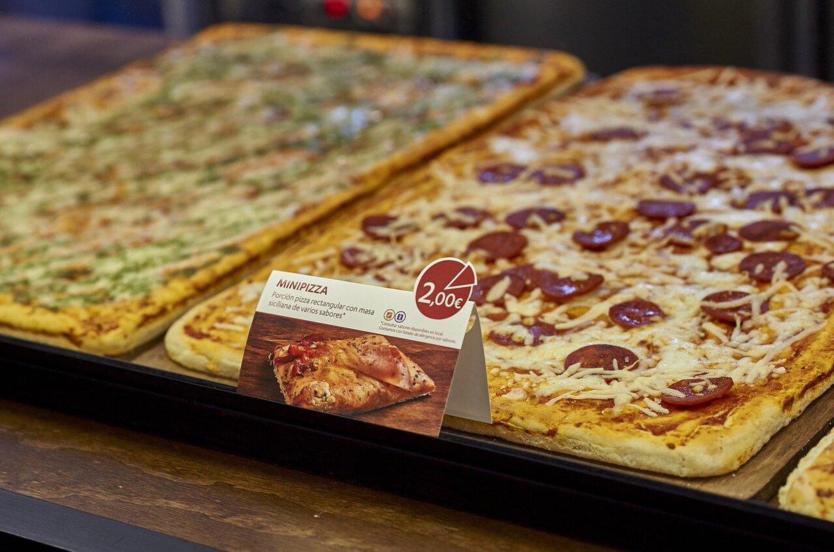 🍕🍕Tarde de viernes... tarde de Piccolo. Porque... ¿hay mejor merienda que una buena pizza? 🍕🍕 #Recogidas54