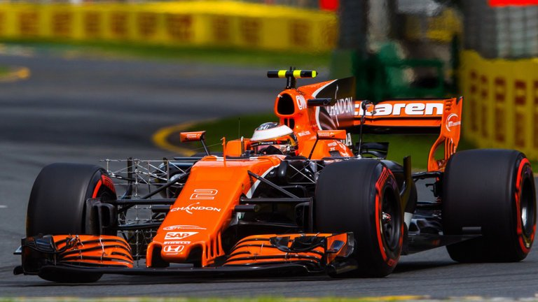 McLaren-Honda's problems awful for Formula 1, says @MBrundleF1 https:/...