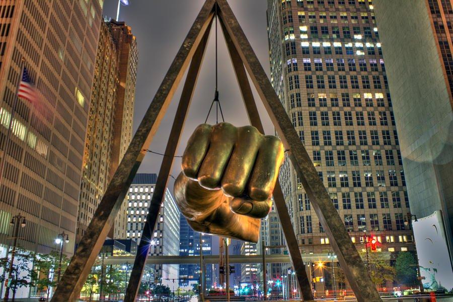 Made in Detroit! #joeLouisArena #MadeInDetroit #ElayneArterbery #skincare #DetroitArt #NicholasGrunas #detroitart #apigenin<br>http://pic.twitter.com/k23OIBI3PL