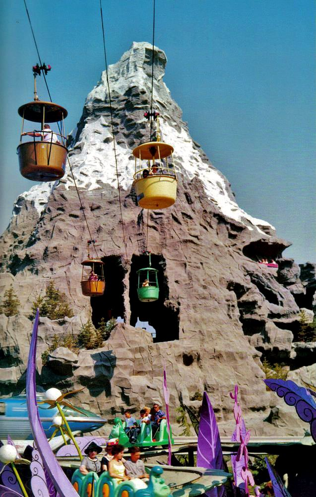 Vintage @DisneylandToday Photography Series A moment in time from 1960 in #Disneyland #DL #DisneySide #Disney #Skyway #Matterhorn #Alice<br>http://pic.twitter.com/PHTThq64rS