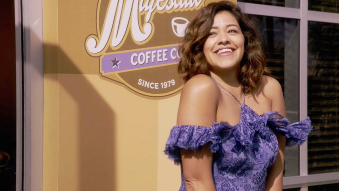 RT @TheCW: Someone's got it goin' on! #JaneTheVirgin is new TONIGHT at 9/8c. https://t.co/pbOTOI3sA3