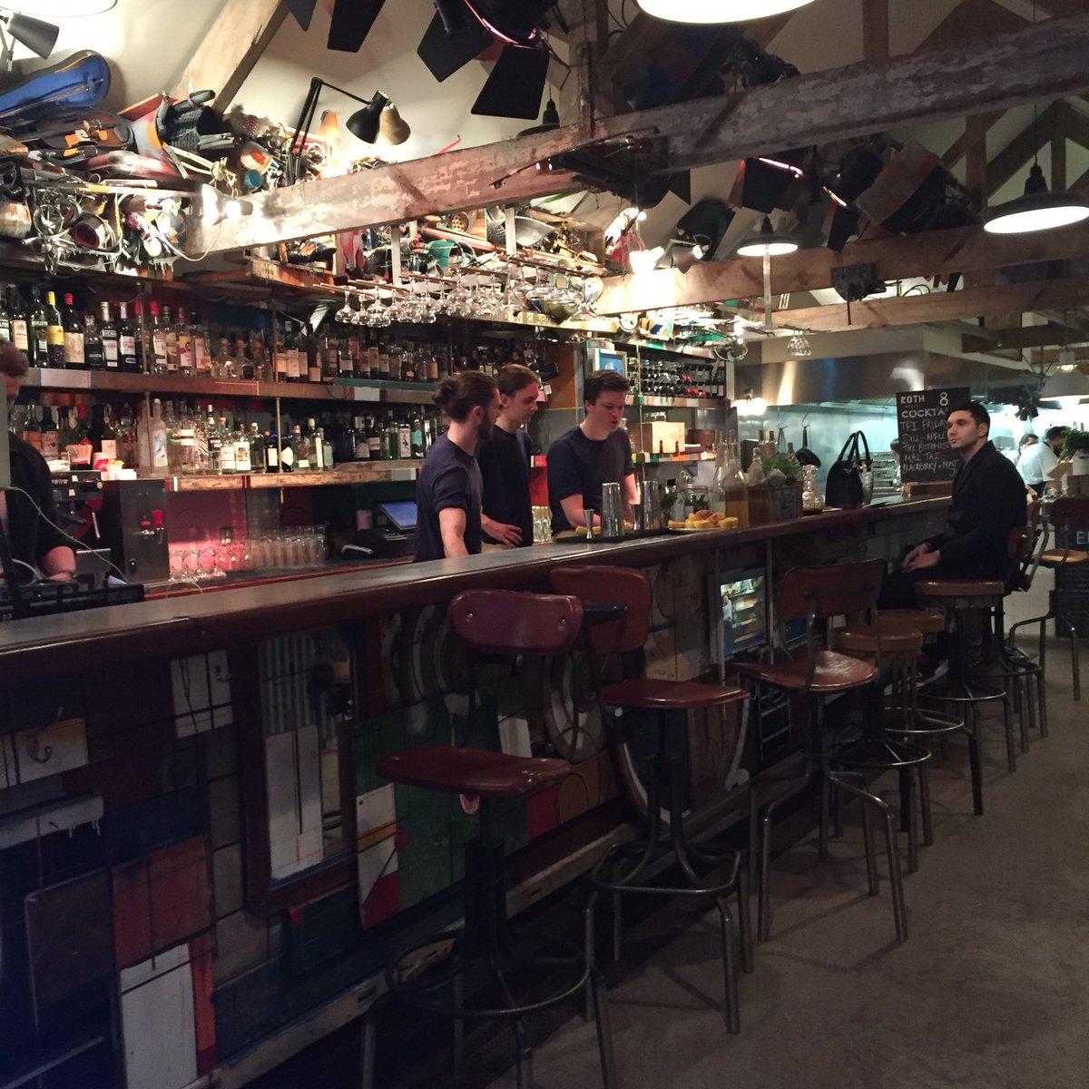 Love Rothbar in Bruton ... perfect setting for a winefestival! https://t.co/pIja6J0jMU