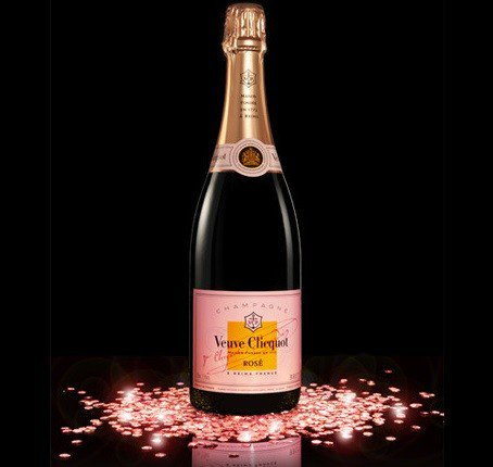 #Cliquot #rose #rich free tasting today -7pm Taste the good life!One of the best #champagnes and we always discount! #champagne #LongIsland<br>http://pic.twitter.com/X5Mirfdsq3