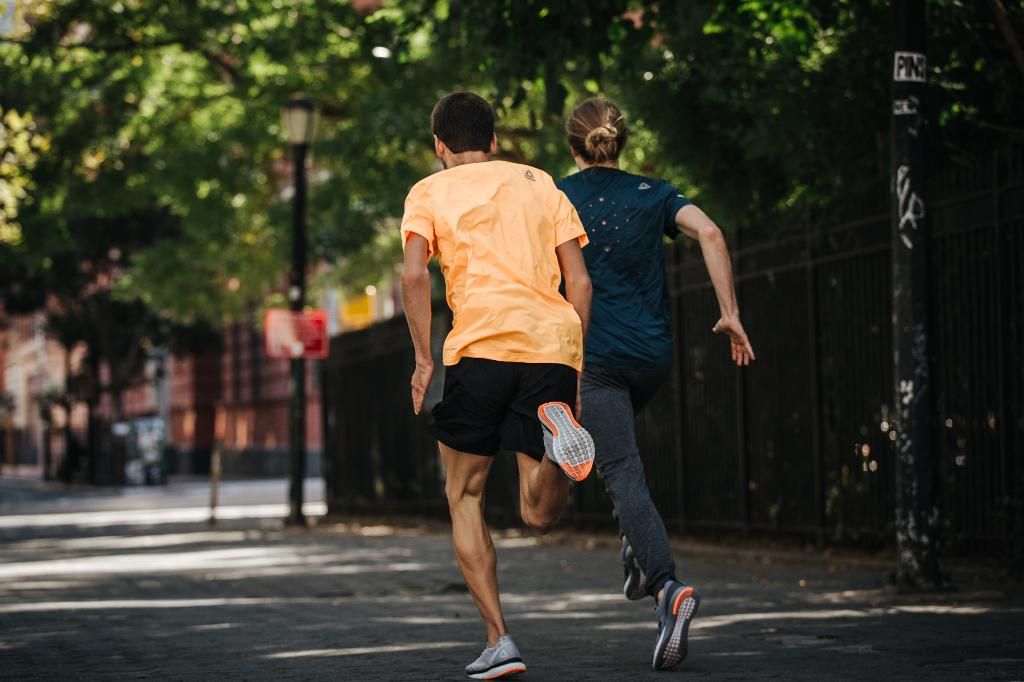 Nobody ever said taking a run through the park had to be slow… #RunFast https://t.co/3e3JjSCr8K