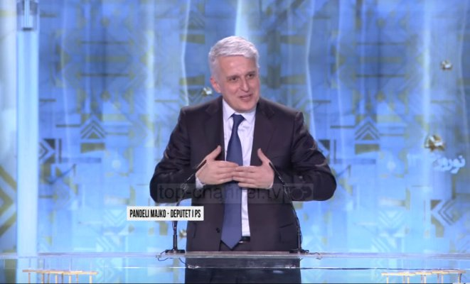 #TIrana: Super meeting of the #Iranian opposition, #MEK   #Albania #USpolitics #Nowruz   http:// iranprobe.com/explore/news/t irana-super-meeting-of-the-iranian-opposition,-mek.html &nbsp; … <br>http://pic.twitter.com/594UIcmtD2