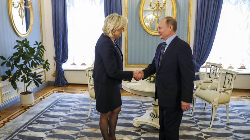 #Marine2017 est allée chercher son ordre de mission chez le parrain #VladimirPutin. Entre fachos, une entente cordiale. <br>http://pic.twitter.com/jJE0aJVkIT