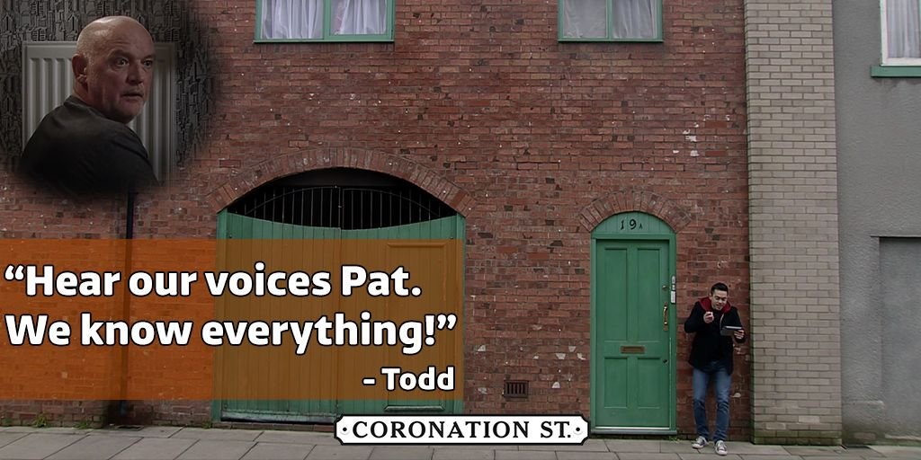 Todd is loving this! 👻  Guilty conscience maybe Phelan? #Corrie https:...