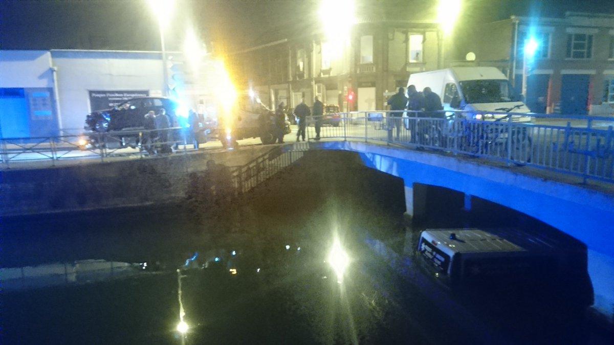 Tentative de petit pont de l'ambulance à Douai. #Douai