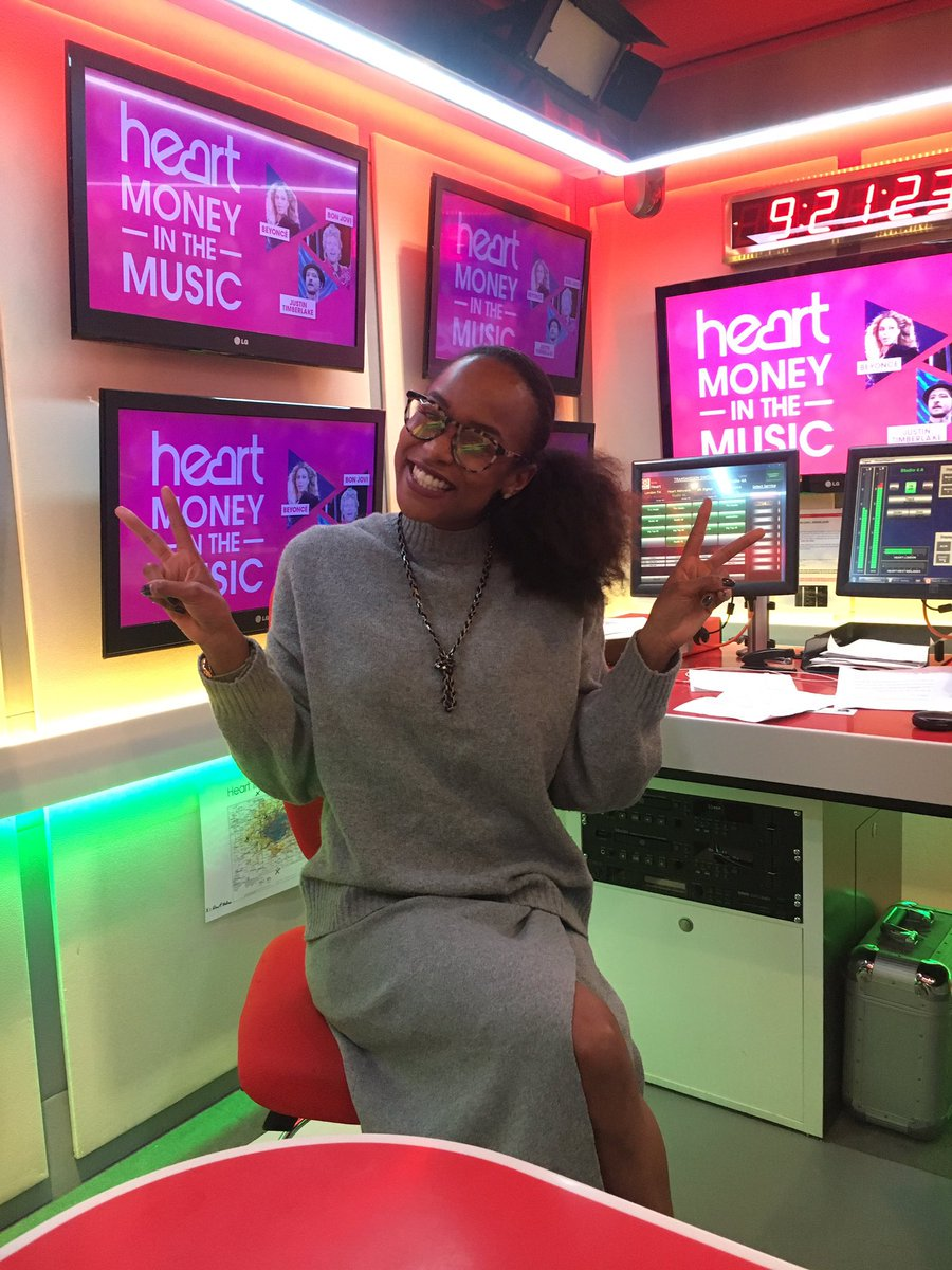 I'm in the hot seat for the #NonStop #ClubClassics party on Heart! Who...
