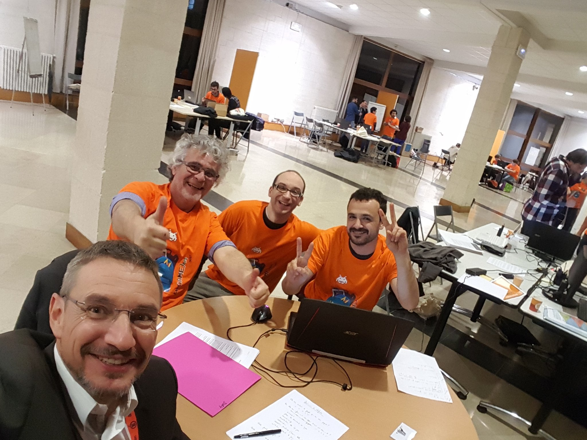 Le comité d'organisation #edugamejam_fr avec @Ludoscience @umontpellier @acmontpellier #EcoleNumerique https://t.co/YsJIkKwTQk