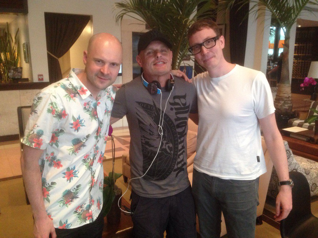 Cool catching up with @aboveandbeyond in #miami tonight catch my Delirium show from Miami this weekend https://t.co/dWxgAVsV6h