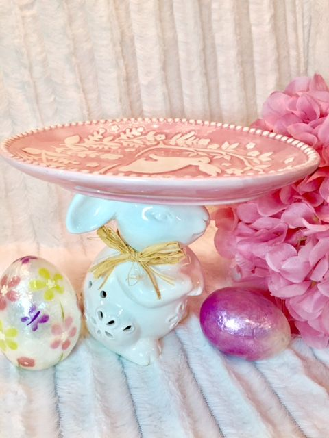 Easter Bunny Plate Stand Takes the Cake