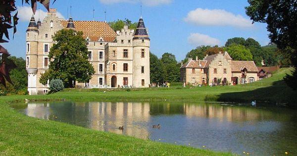 chateau de Pupetières....  http:// ift.tt/2nOgYp8  &nbsp;   Ancient Pin  http:// ift.tt/1SVjXVZ  &nbsp;    http:// ift.tt/2n0tj57  &nbsp;   #a… <br>http://pic.twitter.com/3CDMs3X7rj