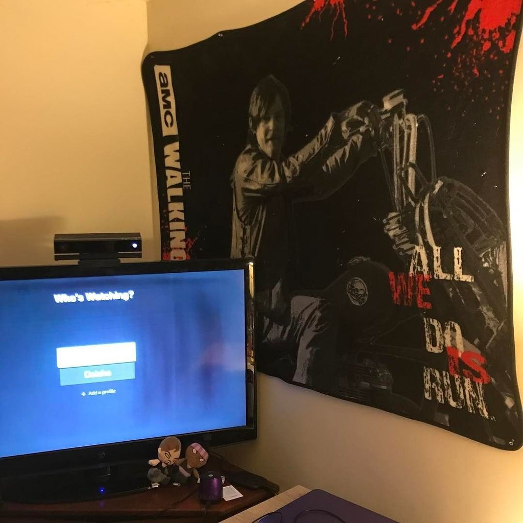 #working on my #setup... not much but its coming along #nicely  #gaminginpajamas  #leve…  http:// ift.tt/2n0HEyl  &nbsp;  <br>http://pic.twitter.com/0IyKvlmC6C