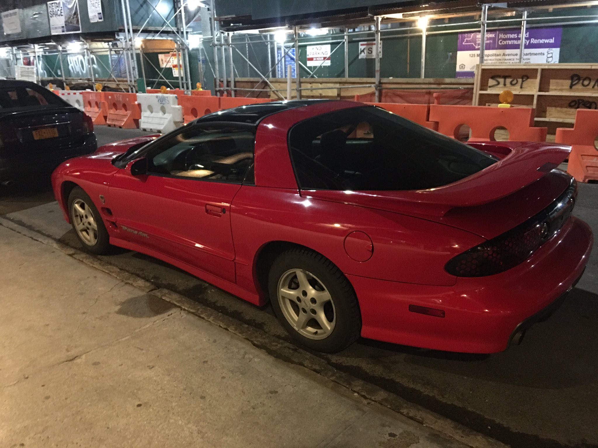 Life can be pretty aimless but just remember someone rolled up tonight in a mint 94 Trans Am https://t.co/HipB4sbRyQ
