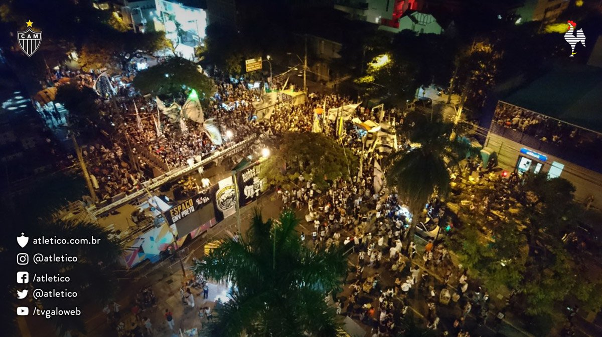 Olha a nossa festa vista de cima, Massa! #Galo #Galo109 #PaixãoDoPovo...
