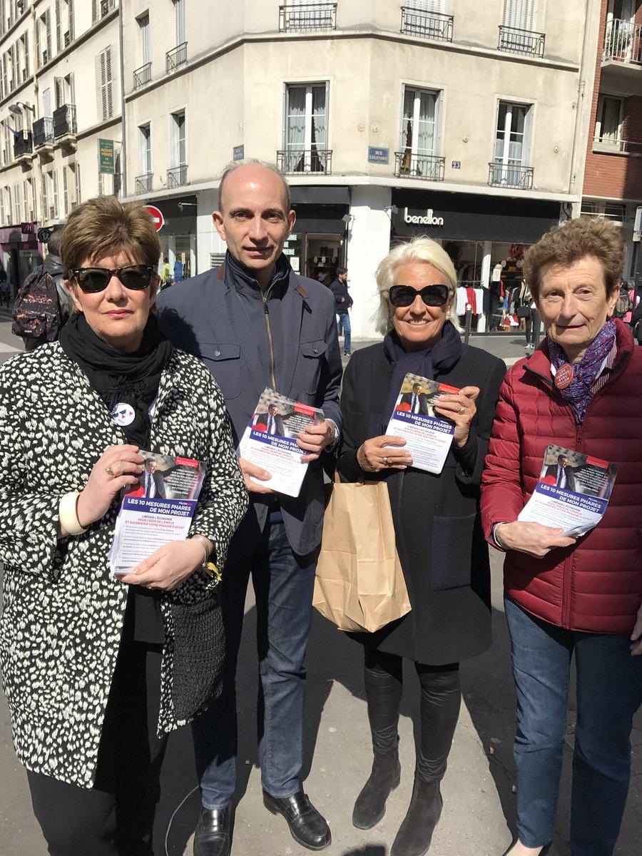 #au Marche Lévis #Paris17 #on ne lâche rien #FillonPresident #bcp de soutiens #seul projet de redressement efficace ##Fillon2017<br>http://pic.twitter.com/LErijoVnqm