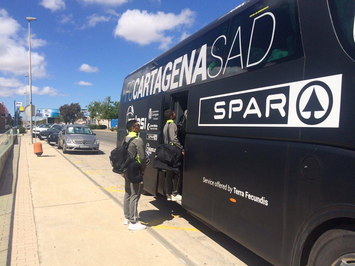 La expedición albinegra ya viaja hacia Marbella... ¡Vamos equipo! ¡A por los tres puntos! #ilusión <br>http://pic.twitter.com/jv4mCnlGBV