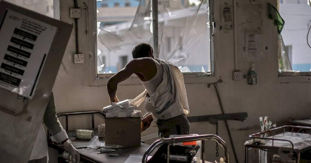 2 años d bombardeos d #ArabiaSaudí hospitales, escuelas, mercados, mezquitas  #Yemen  http:// bit.ly/2nP3TMk  &nbsp;   #GuerraOlvidada #TratadodeArmas<br>http://pic.twitter.com/p10WLNRhDI