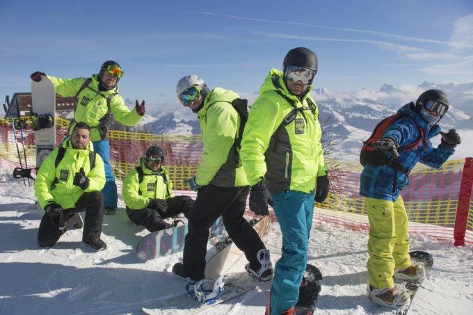 Estos tíos tan chulos son los Gatos del Pirineo 😎en @kitzbuehel Gracias por compartir chicos 🙌 [REPORT📷] ➡️https://t.co/qLAn3zx0YN