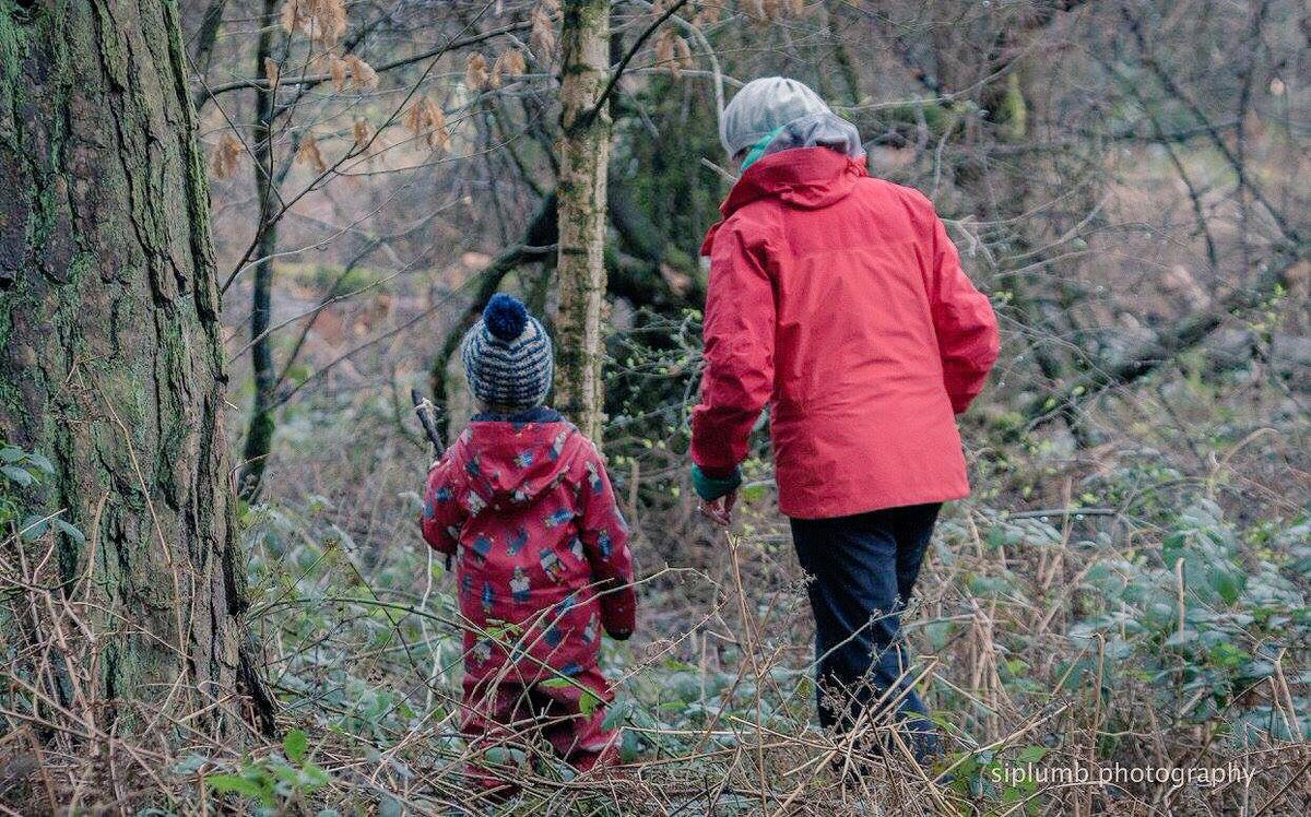 The weather is warming up! Join us for #forestschool in a beautiful woodland @NTLymePark and watch spring unfold    http:// nationaltrust.org.uk/events/0485bf8  &nbsp;  …<br>http://pic.twitter.com/35oSlS8Vv6