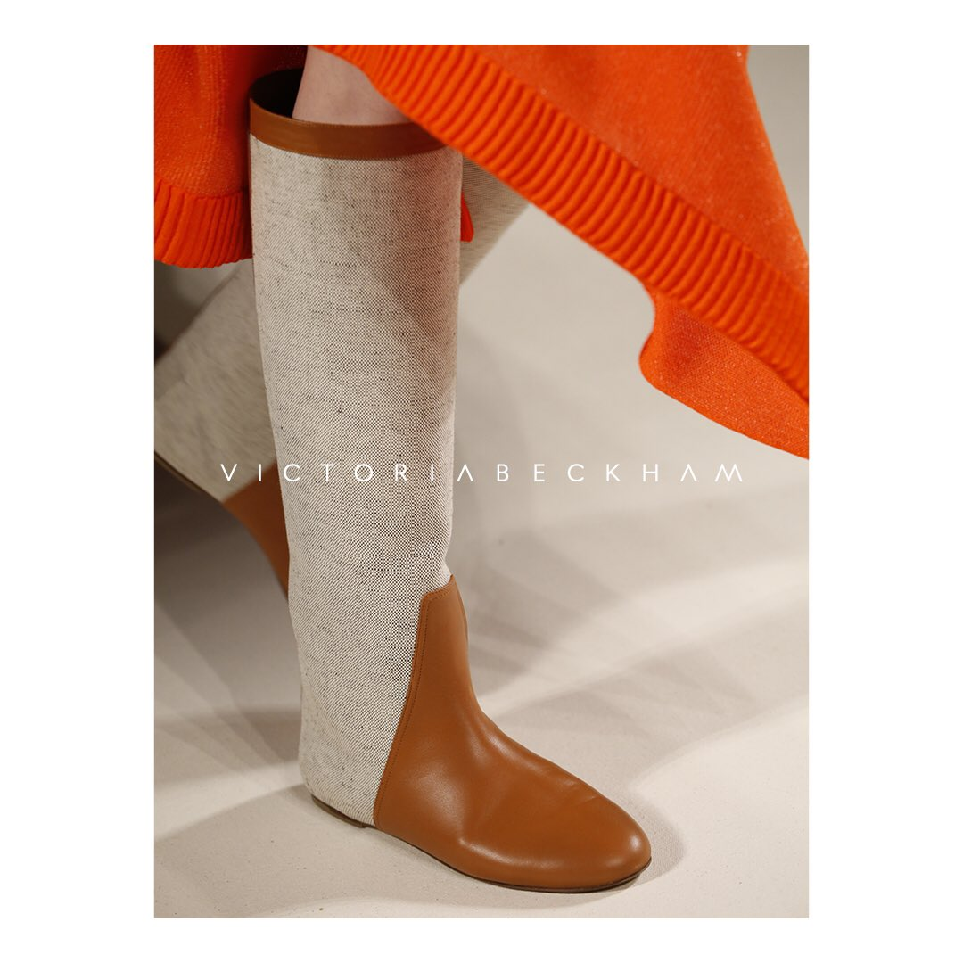 My Summer Boot from #VBSS17 is available at my #VBDoverSt store and https://t.co/LSOlV6sx9j x VB https://t.co/AaQkhsu7aL