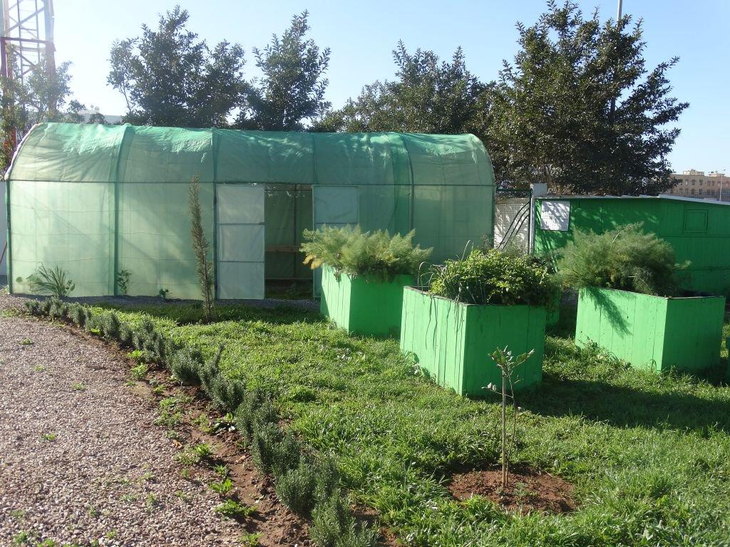 @lydecweb Inaugure un espace d'agriculture urbaine et biologique à Médiouna #ClimateAction #HakimaElHaite   http:// bit.ly/2oglARz  &nbsp;  <br>http://pic.twitter.com/dpVKurHUyV