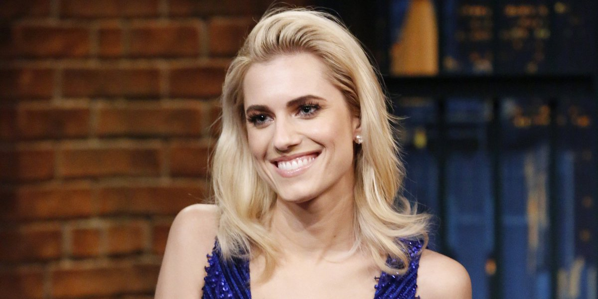Allison Williams had the best response to 'do blondes have more fun?' huff.to/2nlQYjF