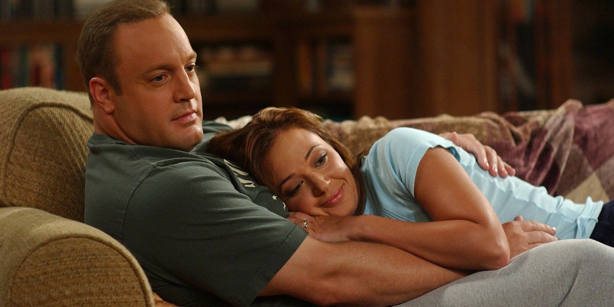 'King of Queens' power couple Leah Remini and Kevin James to share a screen again huff.to/2n343Mg