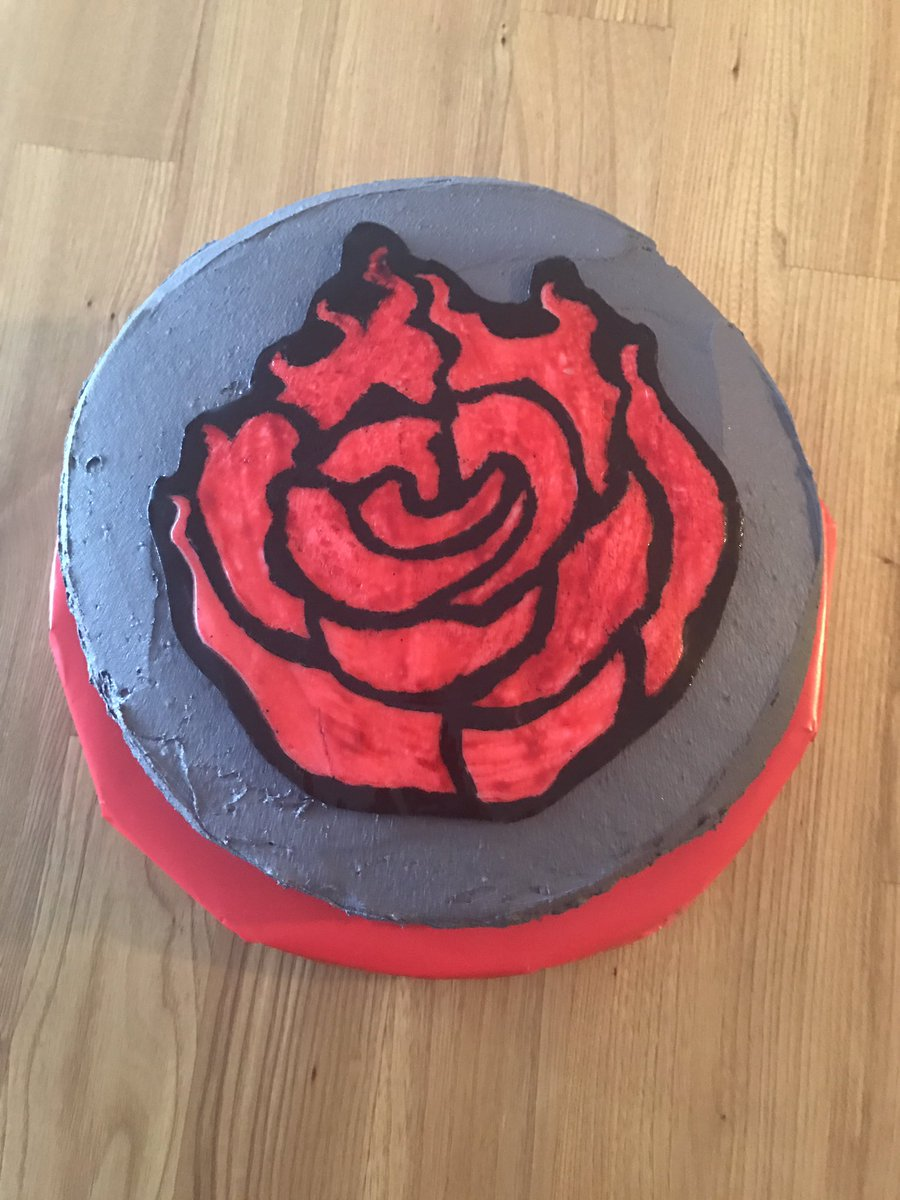 @IAmLindsayJones @bdrunkelman @RoosterTeeth - Made my best friend a RWBY birthday cake this year. Took five hours but worth it #rwby <br>http://pic.twitter.com/Kh5ewuU4bf
