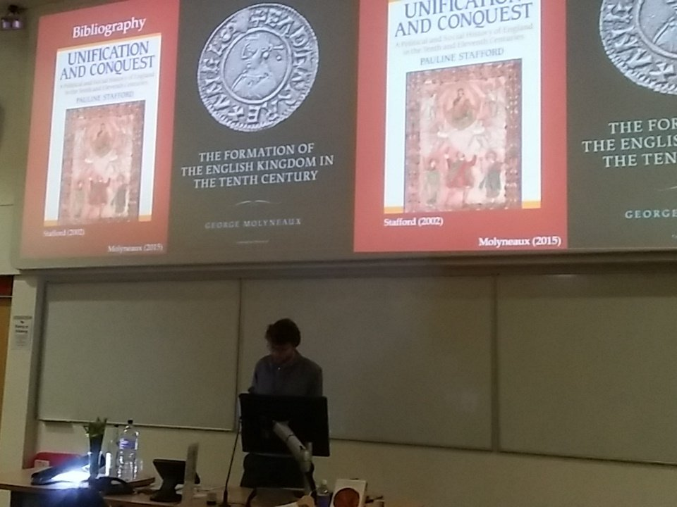 #GlobalByzantium Matthew Kinloch kick-starts the communications session, with historiographies of reconquest https://t.co/tRWP2b1wTf