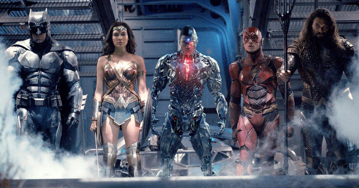 Watch the new trailer for Justice League https://t.co/5U5q22idRA https...