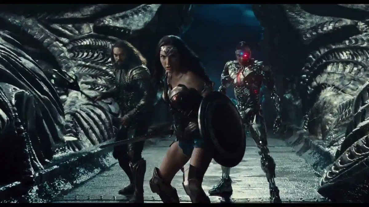 Check out the new trailer for #JusticeLeague!! https://t.co/O12p6FJZgN