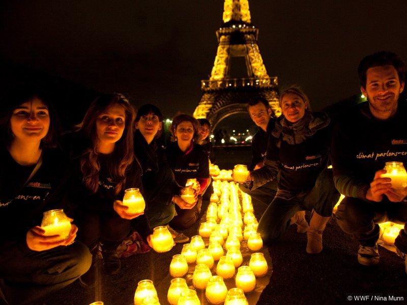 #earthour #climat Samedi 25 mars 2017 : le monde éteint ses lumières à 20h30 pour allumer les consciences  http://www. bioaddict.fr/article/samedi -25-mars-2017-le-monde-eteint-ses-lumieres-pour-allumer-les-consciences-a5595p1.html &nbsp; … <br>http://pic.twitter.com/uGze7G334M