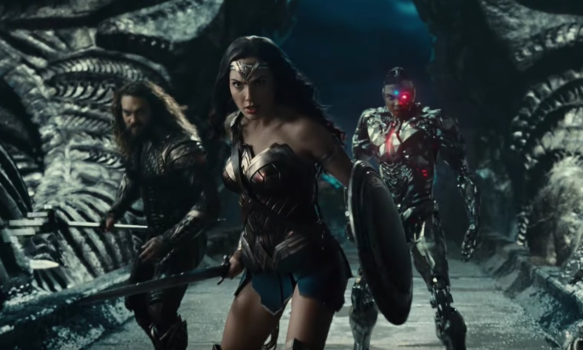 The first full trailer for #JusticeLeague has finally landed https://t...