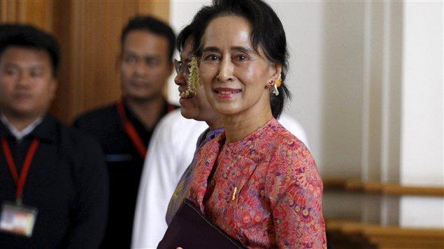 La transition démocratique  http:// bit.ly/2nU6EMy  &nbsp;   #Birmanie #Myanmar <br>http://pic.twitter.com/Dh2Byaj5oR